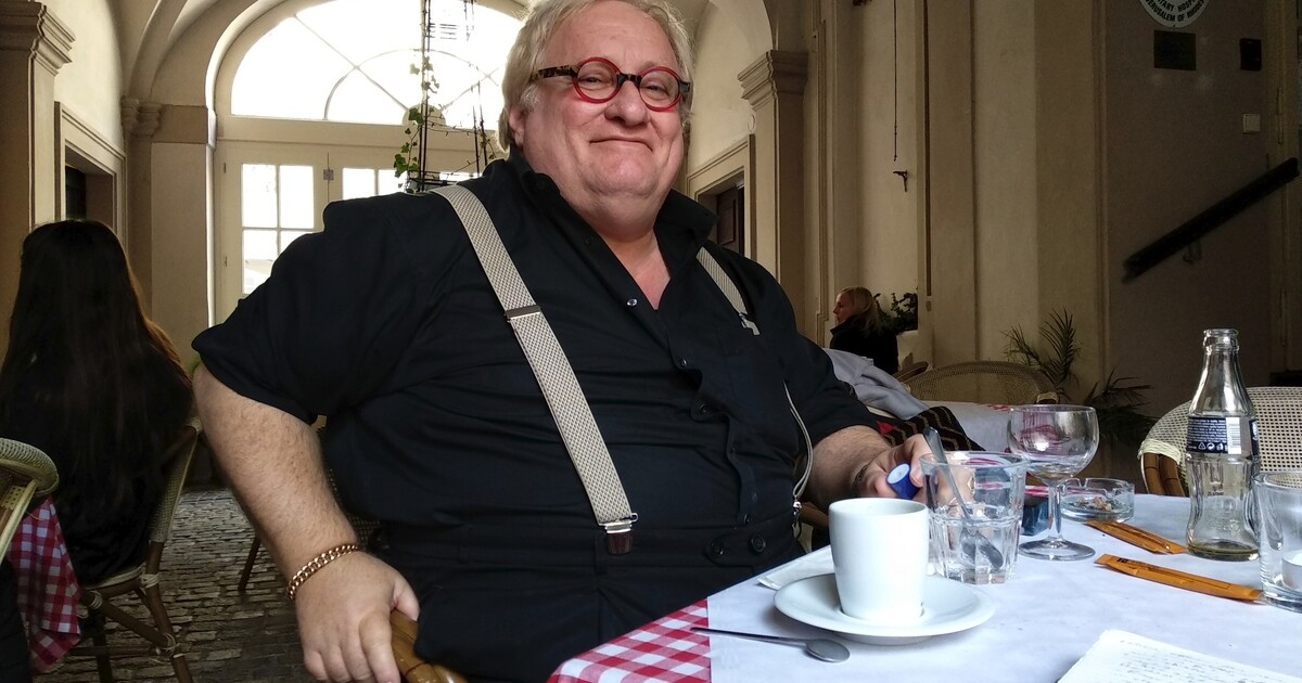 Autor Chyťte Žida! Tuvia Tenenbom uvízl v Evropě. Víkend stráví v Uherském Hradišti